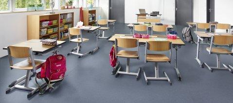 wineo PURLINE Bioboden Klassenzimmer Schule