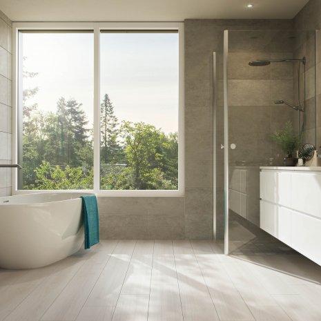Laminatboden Smooth Oak White LA164MV4 Badezimmer Badewanne Laminat Holzoptik