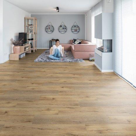 wineo Bodenbelag Holzoptik Braun im großem Wohnzimmer