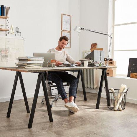 Loft Arbeitszimmr Büro Vinylboden Rigid Betonoptik Fliesenformat