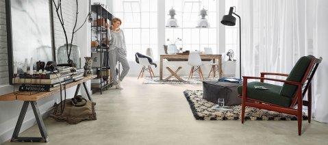 Vinylboden Rigid Designboden Wohnzimmer Loft Betonoptik Industrial