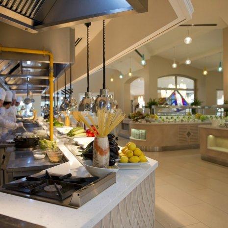 wineo Laminatboden in der Gastronomie