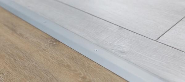 wineo Zubehörartikel Übergangsprofil in Silber und Bodenbelag