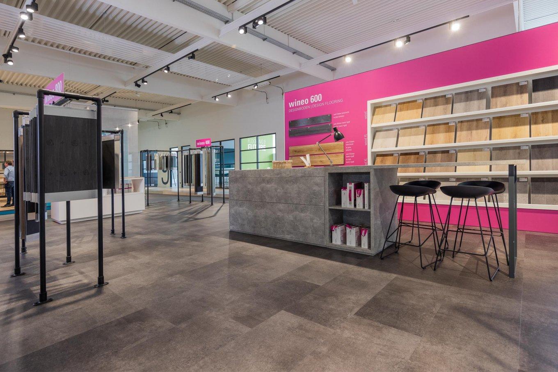 wineo workspace Designboden Vinylboden Ausstellung Messestand Steinoptik Bodenbelag Fußboden