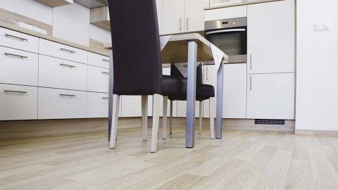 wineo Bodenbelag Holzoptik Küche