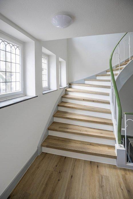 Treppe Holzdekor Eiche Rustikal Altbau Treppenstufe Holz