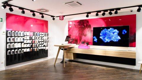 wineo Purline Bioboden dunkel modern Shop Service Warenpräsentation