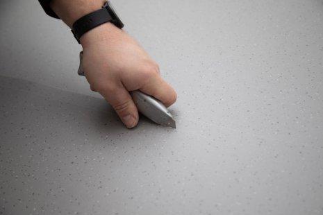 Verlegung wineo 1500 Rolle PURLINE Bioboden Rollenware verlegen zuschneiden Cuttermesser