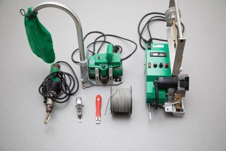 Verlegung wineo 1500 Rolle PURLINE Bioboden Rollenware Werkzeug Fräse Fugenzieher Schweißgerät Mozart Abstoßmesser