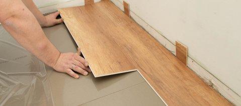 Verlegung wineo 1000 zum Klicken PURLINE Bioboden Holzoptik selbst verlegen Trittschalldämmung Holzoptik