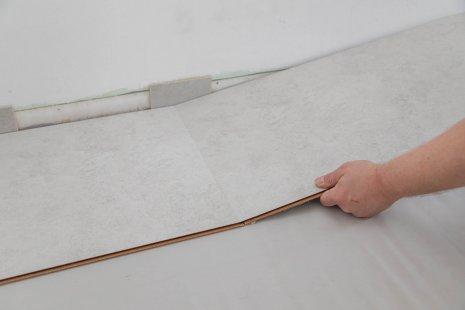 Verlegung wineo 1200 stone Multi-Layer PURLINE Bioboden Betonoptik selbst verlegen verriegeln